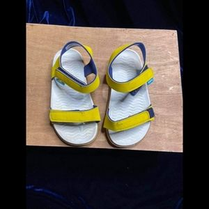 Native Kids Yellow Sandals